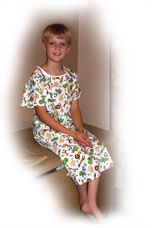 Youth Patient Gown (PRO-958-959)